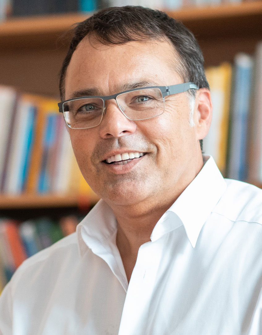 Dr. Harald Schönfeld